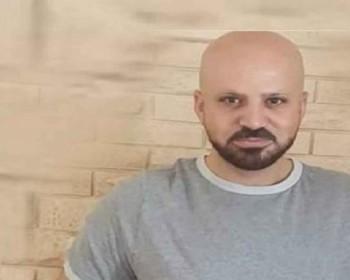 """الاحتلال يحتجز الأسير شادي أبو عكر في سجن """"عوفر"""" بظروف قاسية"""