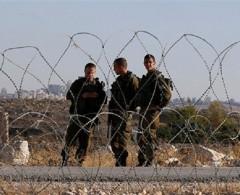 الاحتلال يعتقل فلسطينيا بزعم محاولة التسلل من قطاع غزة